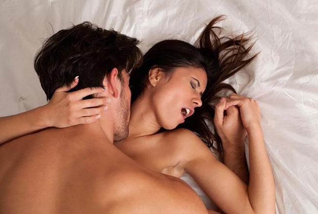 Ricatto sessuale per un sito di incontri
